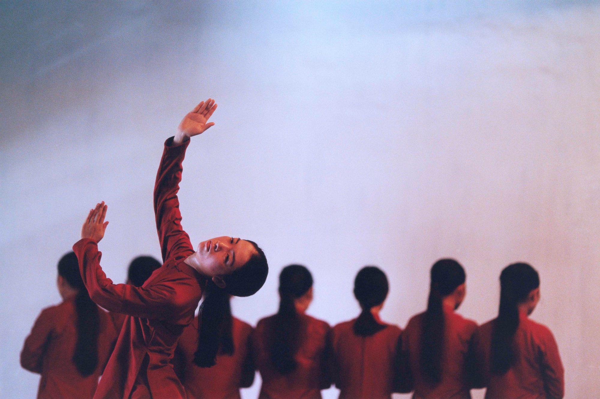 World Press Photo 1998 - Dance Compagnie beim Tanz in Ho-Chi-Minh-Stadt in Vietnam