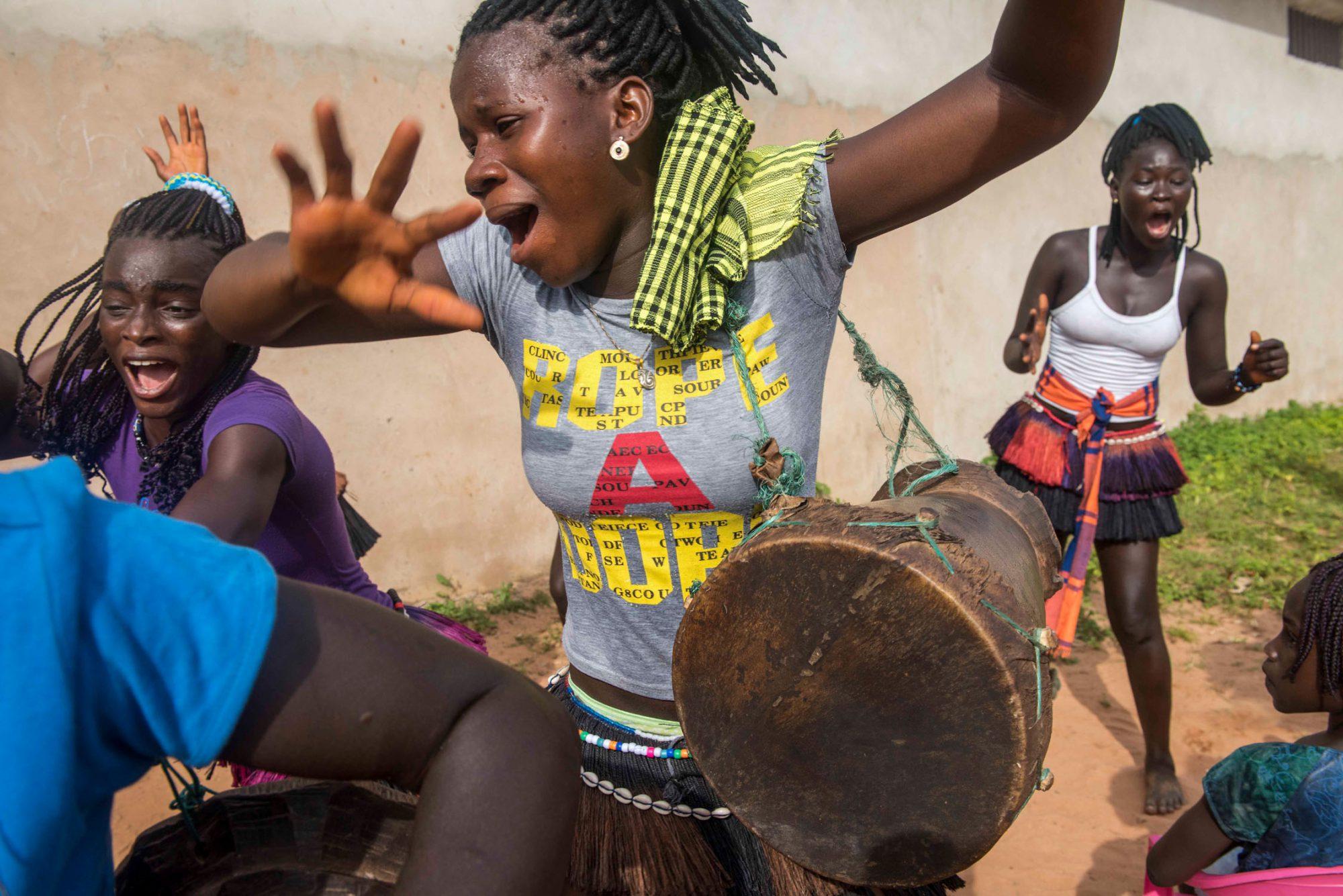 Guinea Bissau -Joyful dance of Cheerleader girls